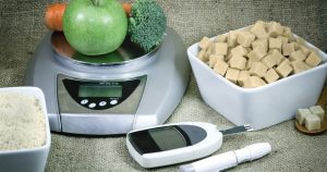 весы, овощи, глюкометр
